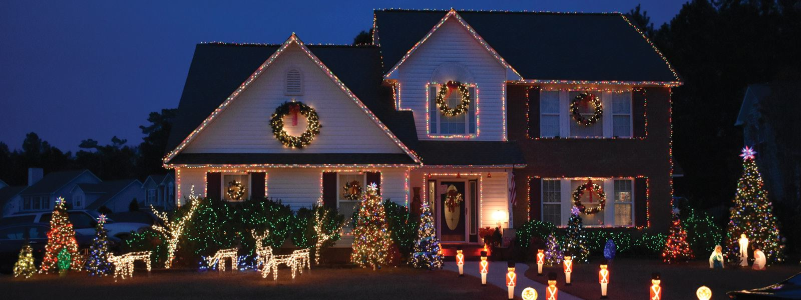 Holiday Home Decorating Contest, Nominate by December 16