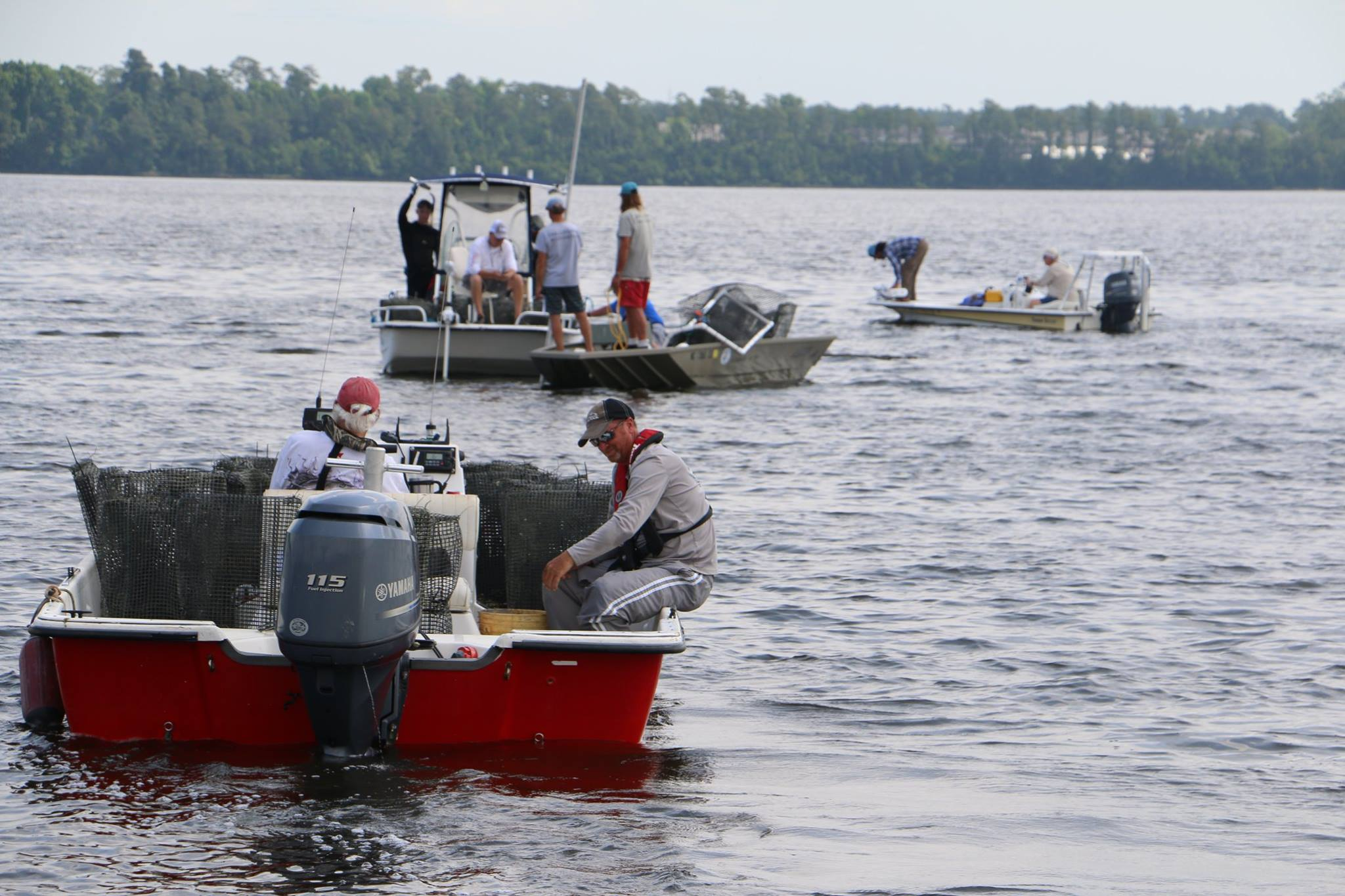 Oyster Highway Project - Volunteers deliver oysters to New River